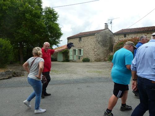 Les Amis du Pont-Paillat dans les pas de Charette....