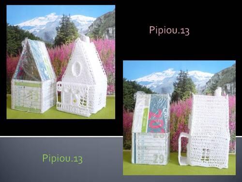 La suite de mon village blanc au crochet, cottage,traîneau et lavoir