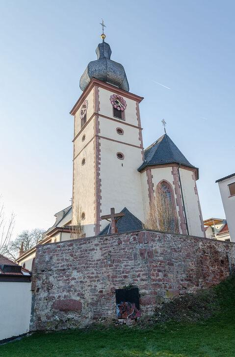 Marktheidenfeld, Kath. Pfarrkirche St. Laurentius-001.jpg