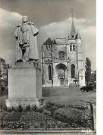 LES REMPARTS DU NEUBOURG (Eure)