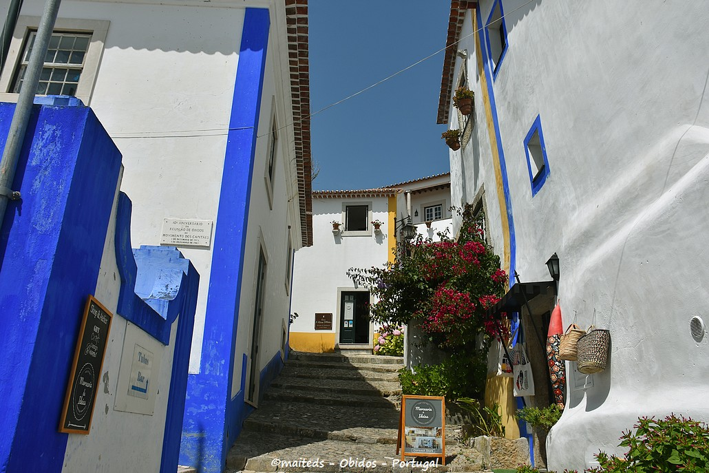 Dans les rues d'Obidos - Portugal