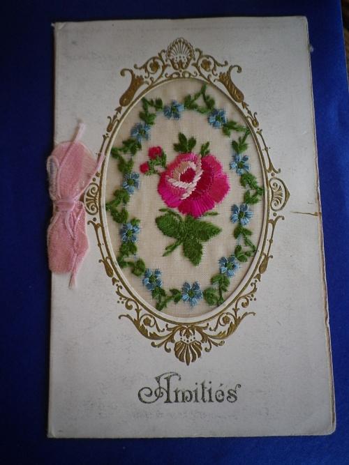 Les roses brodées