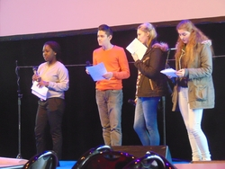 Les PRE 2 au festival de poésie Gratte-monde