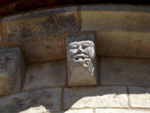 Eglise-de-Ste-Lizaigne13.jpg