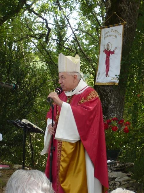 11 septembre 2013 , messe au Puech ( maison natale) de Montgesty