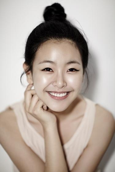 Ko Won-Hee-p02.jpg