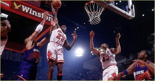 Chicago Bulls vs. Phoenix Suns - 16 juin 1993 - MJ score 55 points