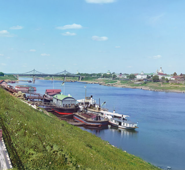 Photos by Sergey Prokudin-Gorsky. View of Tver with bridge across Volga. Russia, Tver province, Tver, 1910