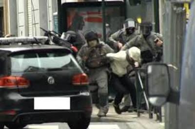 """Deux héros """"timides"""" ont participé à l'arrestation de Salah Abdeslam"""
