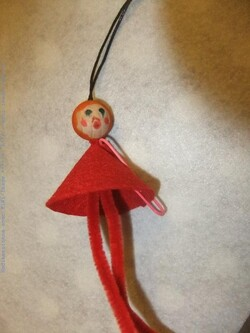 Bricolage de noël : la petite fille de noël (suspension)