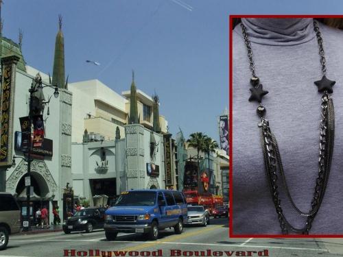 Sautoir étoilé sur Hollywood Boulevard CA réalisé par Sylvie LE BRIGANT