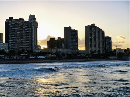 la nuit tombe sur Durban