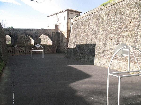 st jean pied de port le collège de la citadelle1
