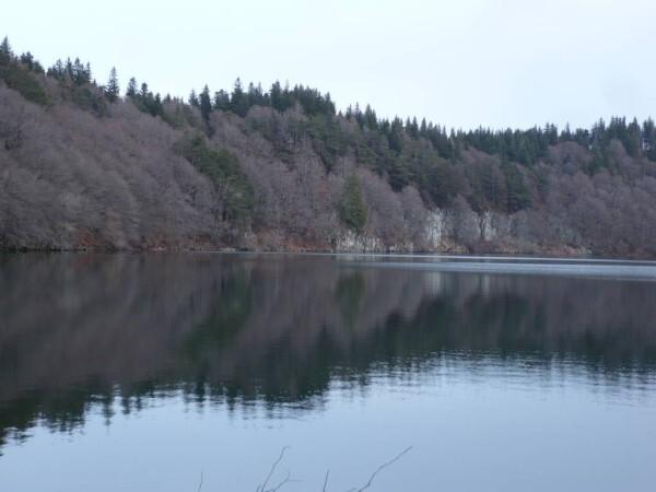 Lac-Pavin-21mars-06.JPG