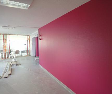 Peinture et couleur pour une entr e de maison accueillante for Peinture hall entree
