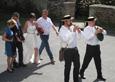 Les sonneurs mènent les mariés