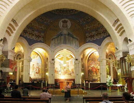 Lourdes : la basilique du Rosaire