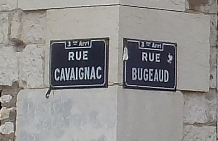 Dans la poubelle de l'Histoire les nostalgiques de la France coloniale !!!