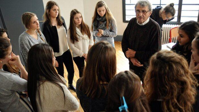 Rencontre avec André Montagne préparée et filmée par les élèves    de terminale sanitaire et sociale   Lycée Carrel, Lyon