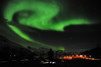 864716_a-general-view-of-the-aurora-borealis-near-the-city-of-tromsoe-in-northern-norway