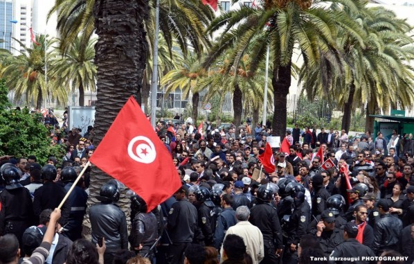 9-avril-2012-a-Tunis-2.jpg