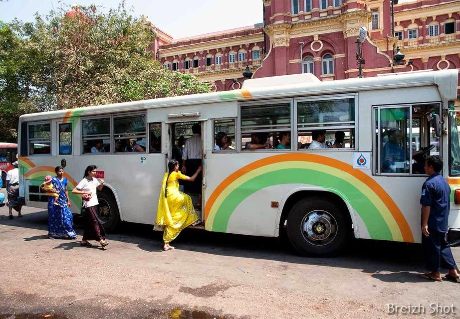 Bus - Rangoun