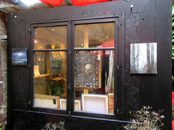 Fabien Ansault et ses parents Pierre et Codine exposent  à la Galerie des Z'uns possible à Chamesson...