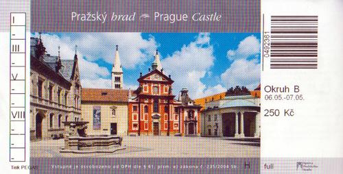 Prague , la superbe CATHEDRALE ST -GUY dans le château royal .(3)