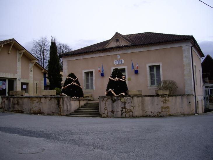 La mairie - Milhac-d'Auberoche