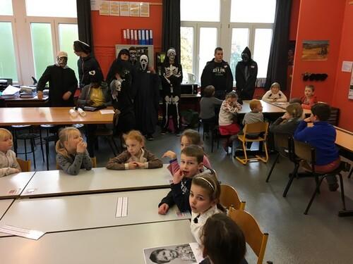 Activité d' Halloween avec les secondaires