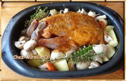 Pintade rôtie en Cocotte entourée de Légumes