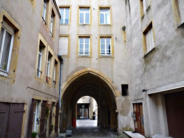 Façades de Metz l'Hôtel de Heu 20 2010