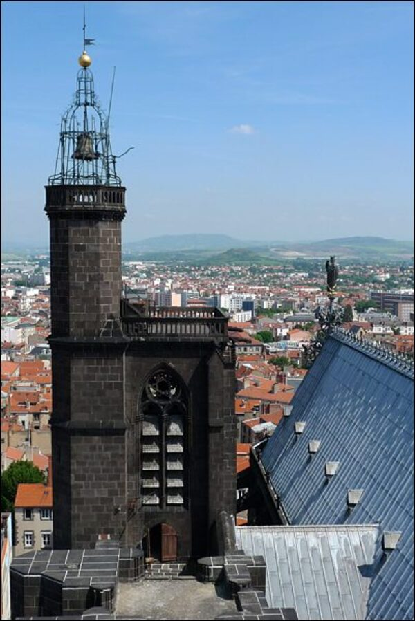 LA CATHEDRALE ND de l'Assomption - Clermont Ferrand