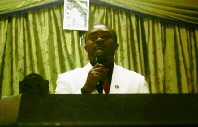 le-pasteur-clavin-attendu-a-la-convention-de-moanda-au-sud-est-du-gabon_3759134-L-0b23a401