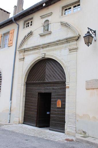 Entrée du monastère en 2010.