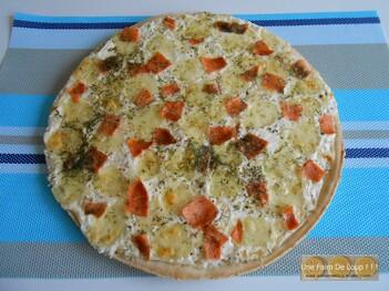 Pizza franc-comtoise à la cancoillotte