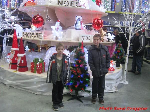 René Drappier a admiré la féérie de Noël  à Châtillon sur Seine et à Villiers le Sec
