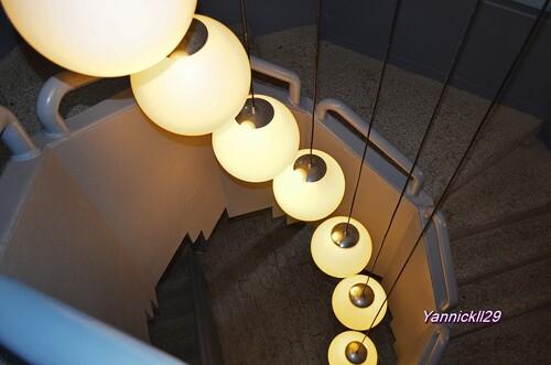 lampe de lescalier du musé