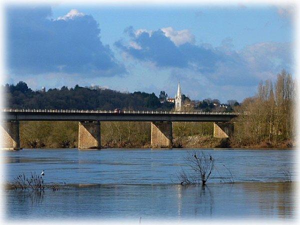 pont-a-champtoceau.jpg