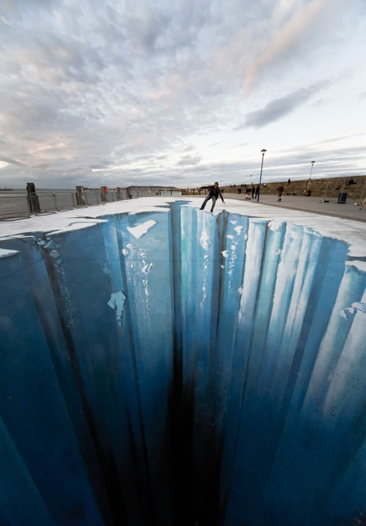 Amazing 3D Sidewalk Art Similar to Julian Beever and Kurt Wenner