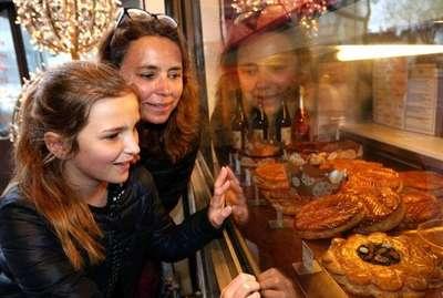 Blog de laca :Mission sauvetage de l'ïle, La galette des rois prolonge la fête