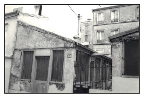 Rue des Mûriers.