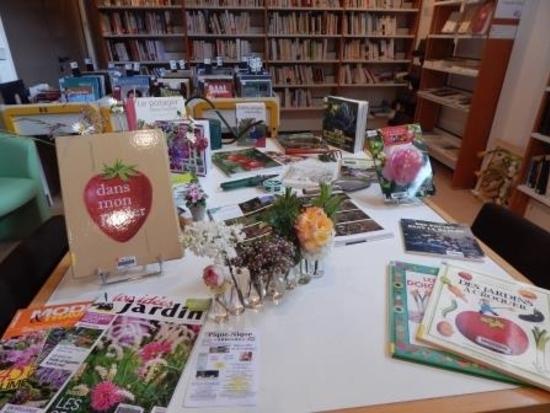 table thématique Le Jardin mai 2014 (2)