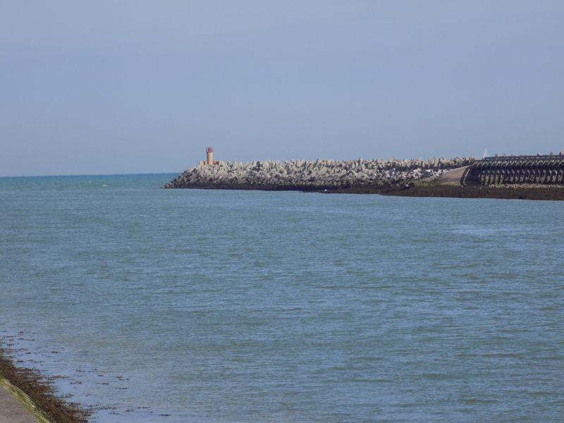 Grand-Fort-Philippe-Petit-Fort-Philippe...