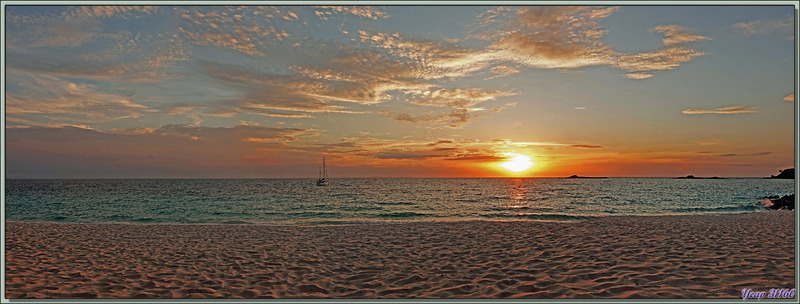 Coucher de soleil - Nosy Tsarabanjina - Archipel Mitsio - Madagascar