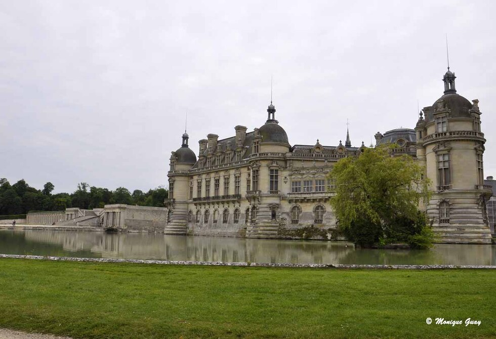 Au château de Chantilly (60): vers les Jardins Anglais
