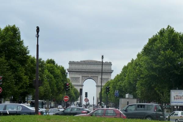 01 - Arc de Triomphe de puis la porte Maillot