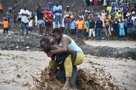 Nouvelles d'Haïti  de par un missionnaire franciscain- Raymond Maillhot ofm