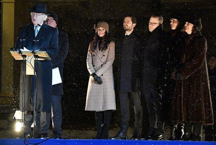 Inauguration d'une statue du roi de Suède