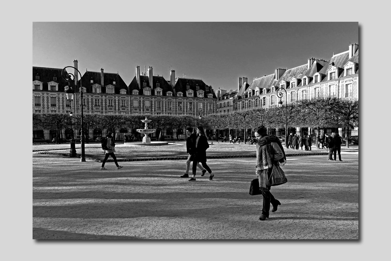 Place des Vosges La sortie de l'Ecole